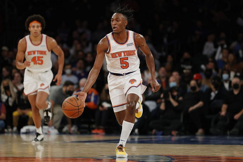 Immanuel Quickley (#5) of the New York Knicks dribbles the ball.