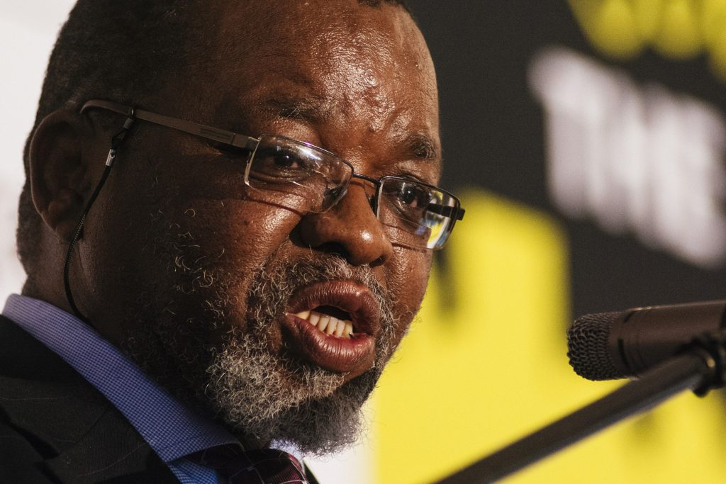 Mantashe opposes coal ban for climate aid