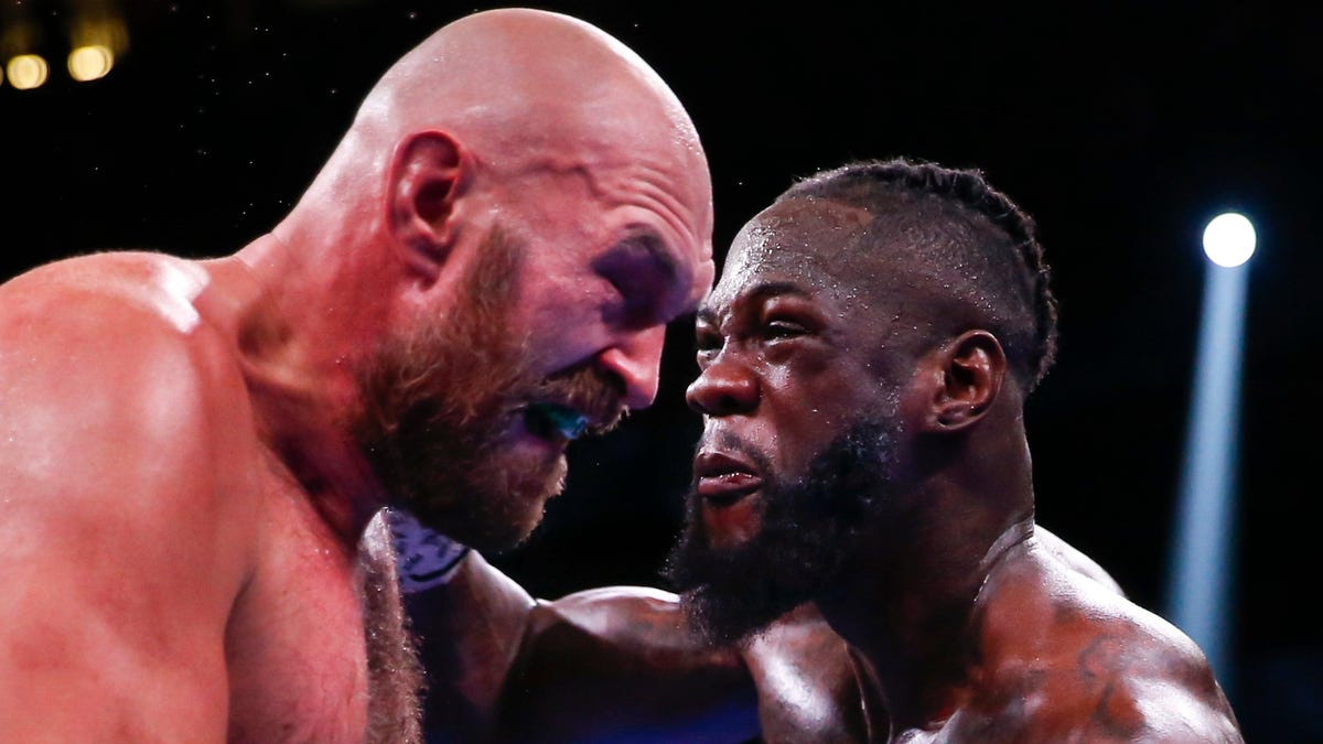 Fury-Wilder III finally ends with Deontay taking the high road… but it made everything less fun