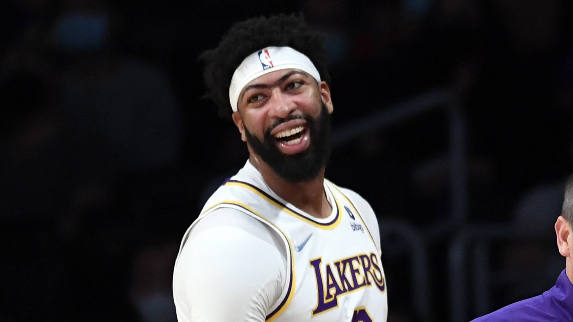 New-look Lakers championship hopes rest on bounce-back year from Anthony Davis