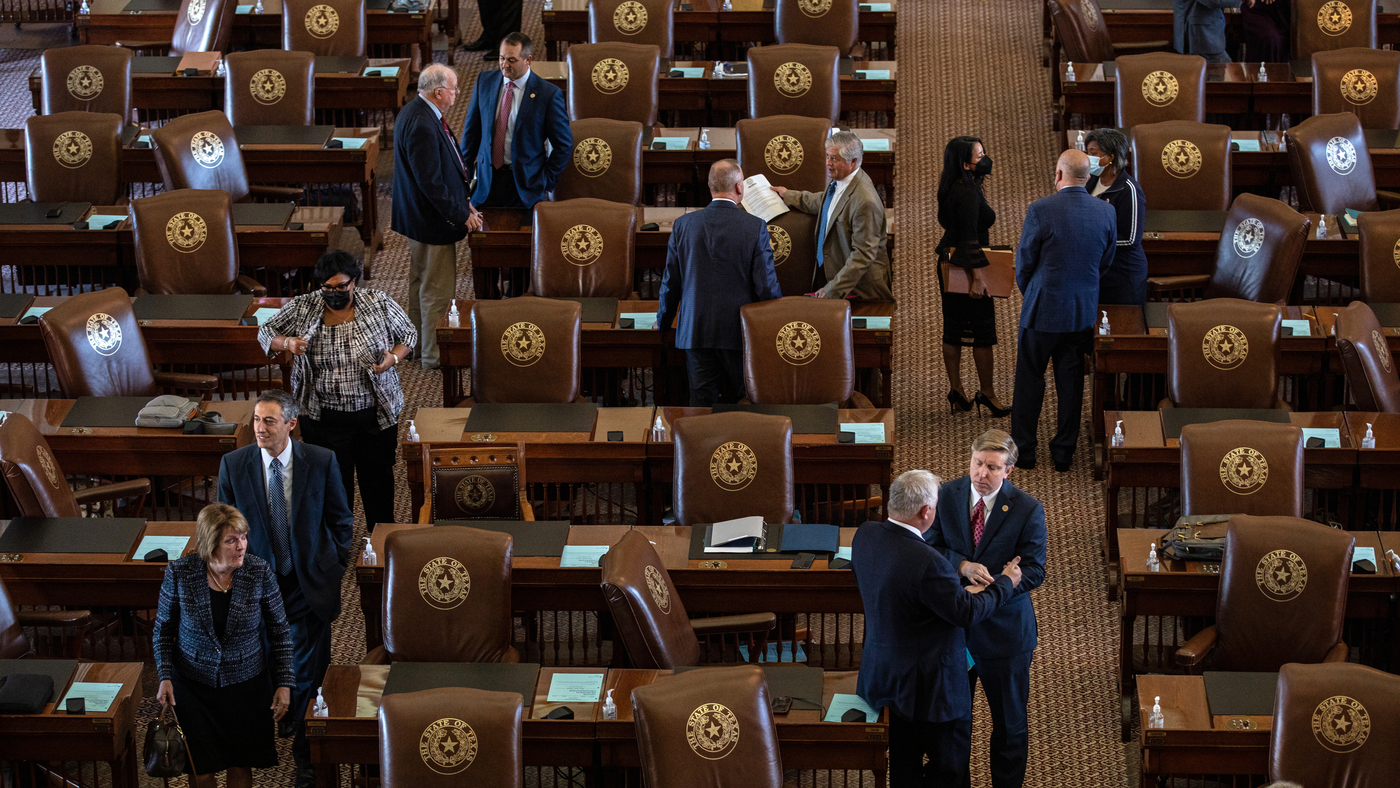 Texas considers law that would ban COVID-19 mandates in the state : NPR