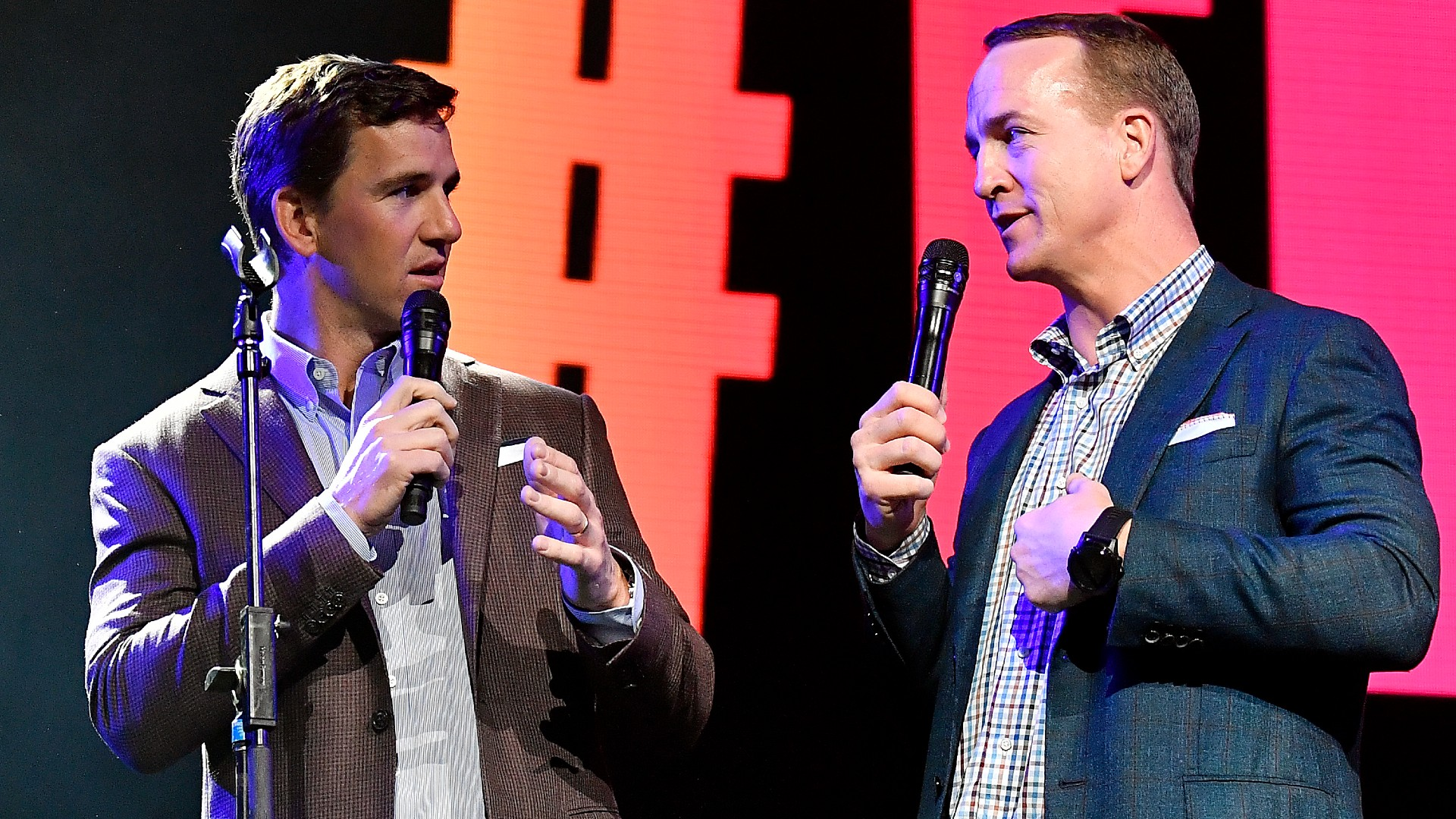 Why Peyton, Eli Manning aren't on ESPN 'Monday Night Football' broadcast in Week 5