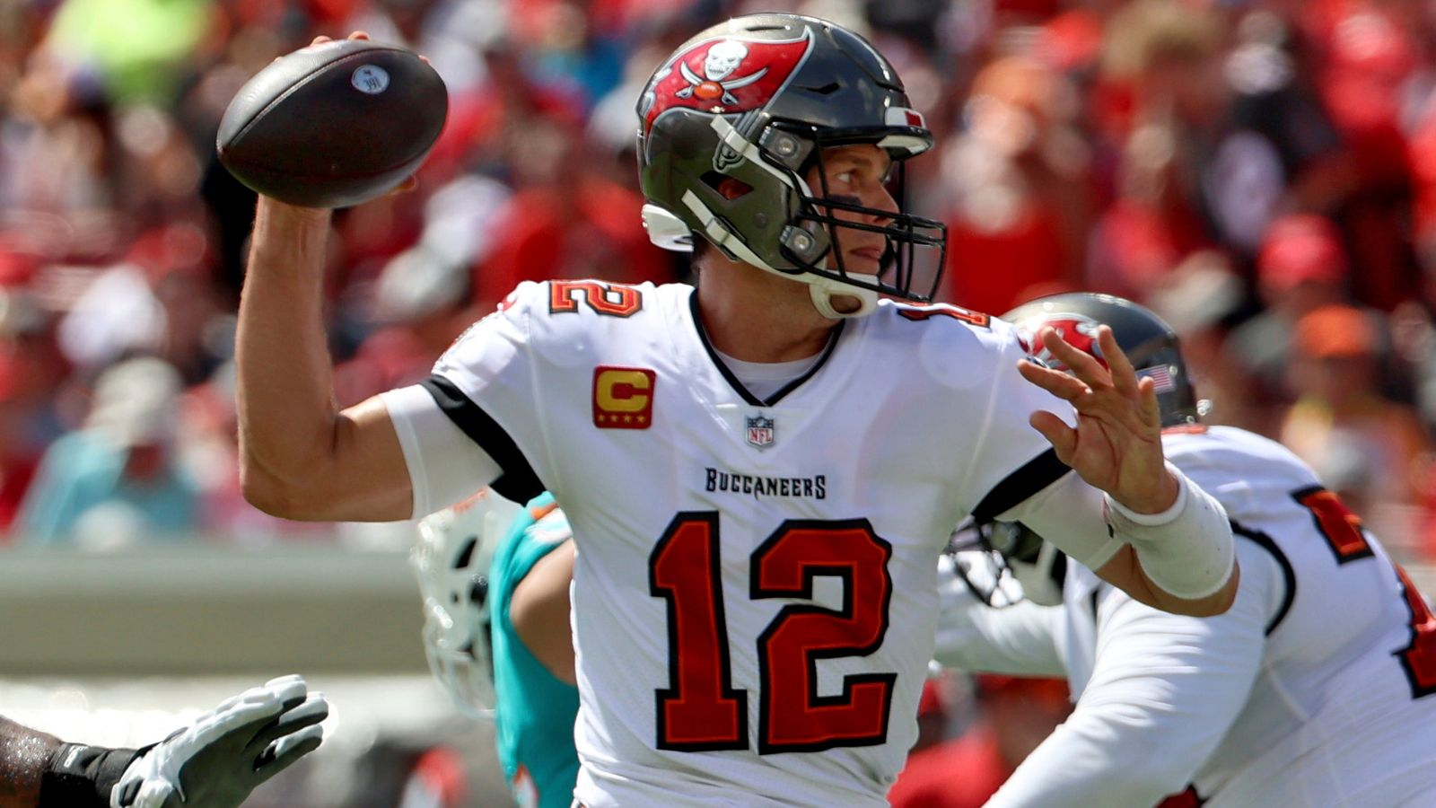 Tampa Bay Buccaneers' Tom Brady confident his injured thumb will not stop him facing Philadelphia Eagles   NFL News